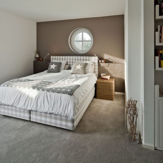 schlafzimmer ankleide referenzen sch pker holz wohn. Black Bedroom Furniture Sets. Home Design Ideas