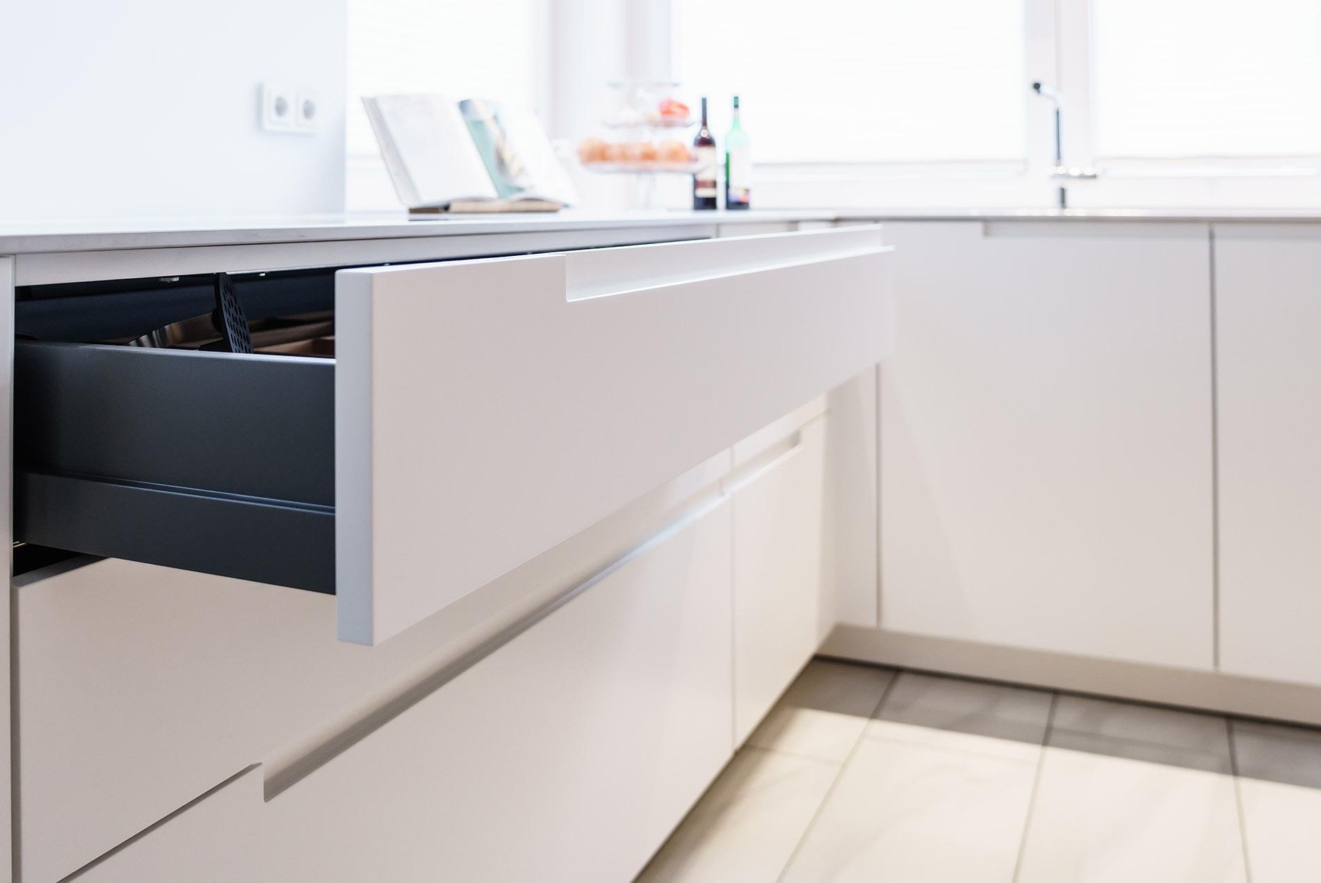 Moderne Küche im skandinavischen Look - Tischlerei Schöpker