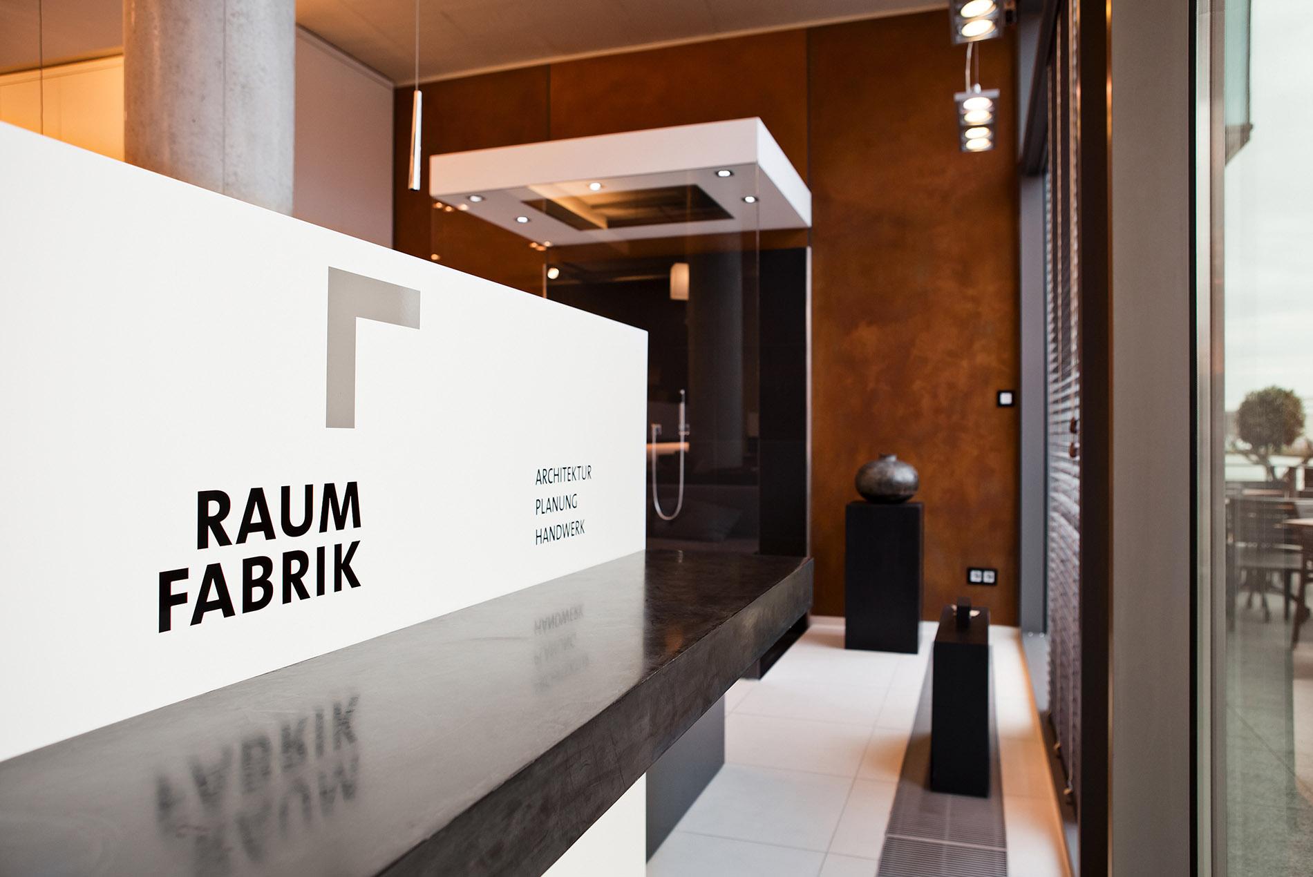 netzwerk raumfabrik sch pker holz wohn form gmbh co kg. Black Bedroom Furniture Sets. Home Design Ideas